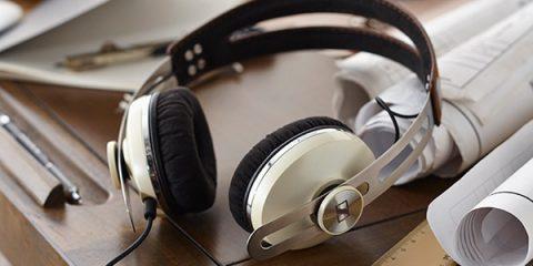 sennheiser-Momentum on Ear