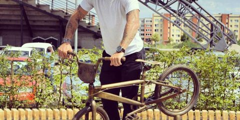 maris-bmx-bike-statue