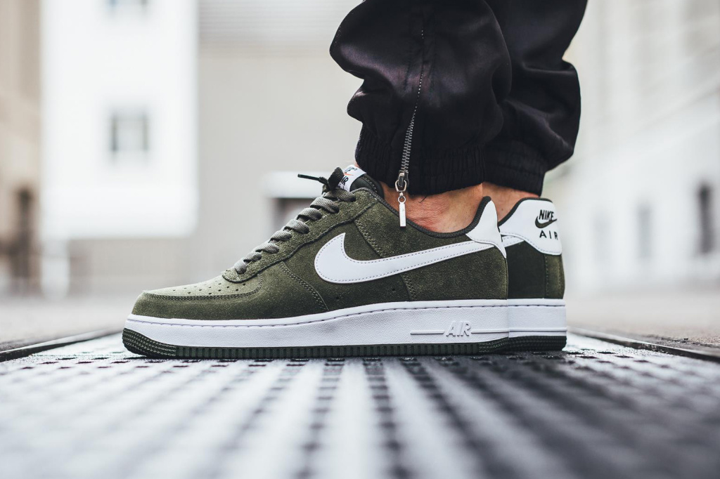 nike air force 1 low suede olive