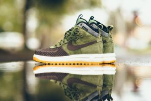 nike-lunar-force-1-duckboot-brown side