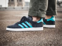 adidas-gazelle blue side