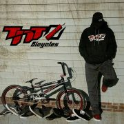 TNT Bicycles Vans