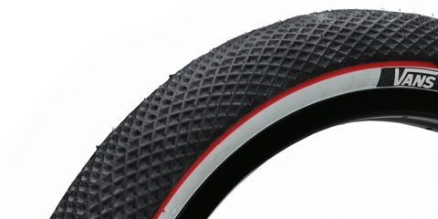 vans-cult tire white red thumb