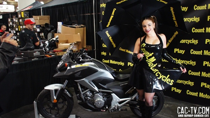 Juliya Chernetsky, count motorcycles