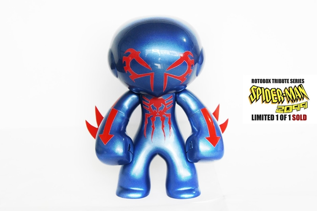 spiderman 2099 vinyl toy