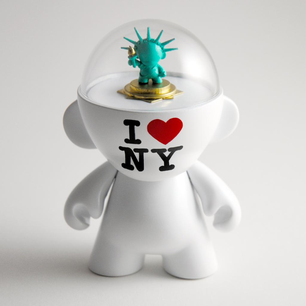 Munny Loves New York