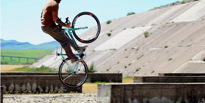 Vittorio Brumotti road bike tricks