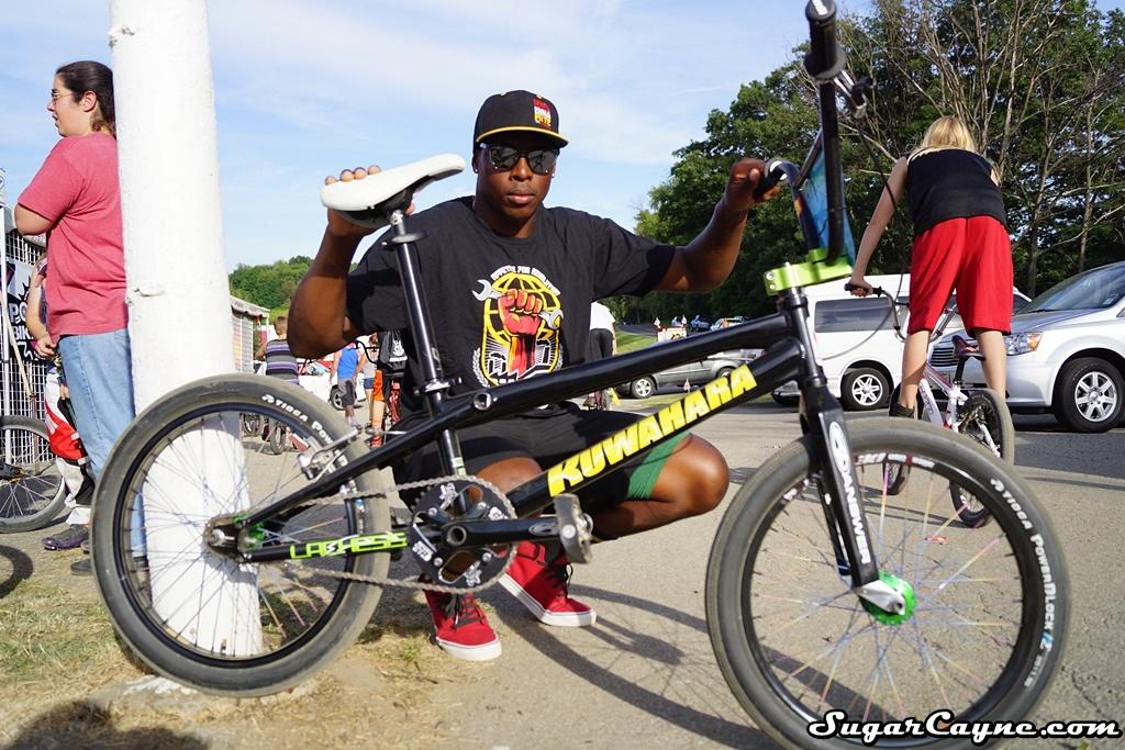 sale retailer 78031 59e93 Jeff Upshaw, 2015 Kuwahara Lachesis Bike Check  BMX
