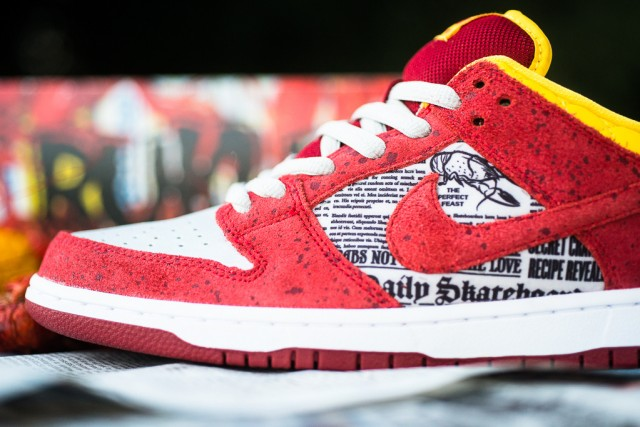 rukus-x-nike-sb-dunk-low-qs-crawfish-4