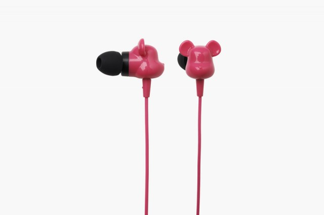 bearbrick-earbud-headphones-1