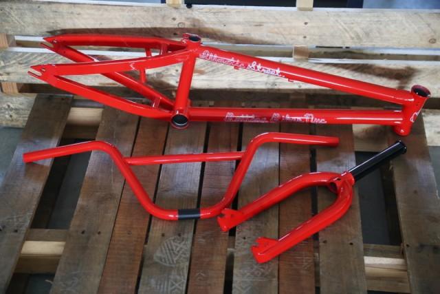 2015 Bulldog Bikes  frame kit