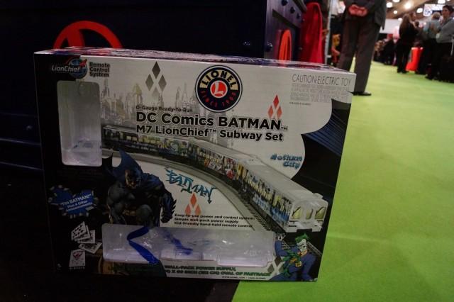 Lionel Trains Batman Subway Set (3)