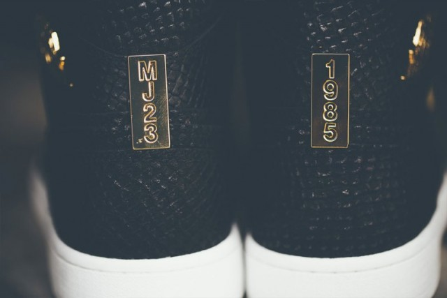 air-jordan-1-pinnacle-with-24k-gold-detailing-05