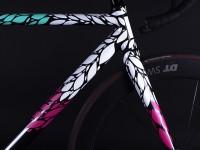 8bar-custom-krzberg-floral-design