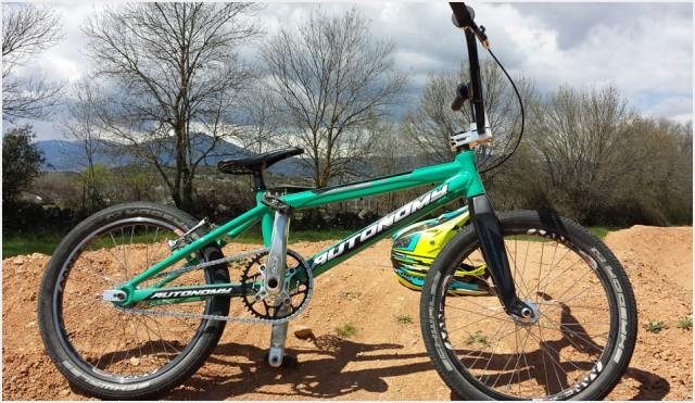 Autonomy bikes aqua