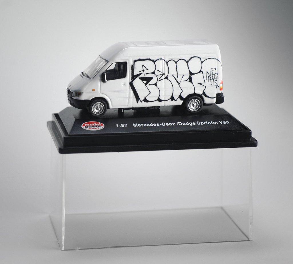 TyoToys Remio Sprinter Van Series