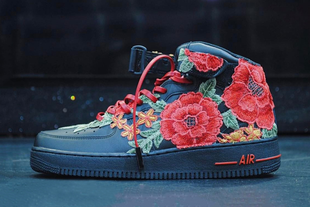 12bb8dc70bb nike-air-force-1-flowerbomb sneakers