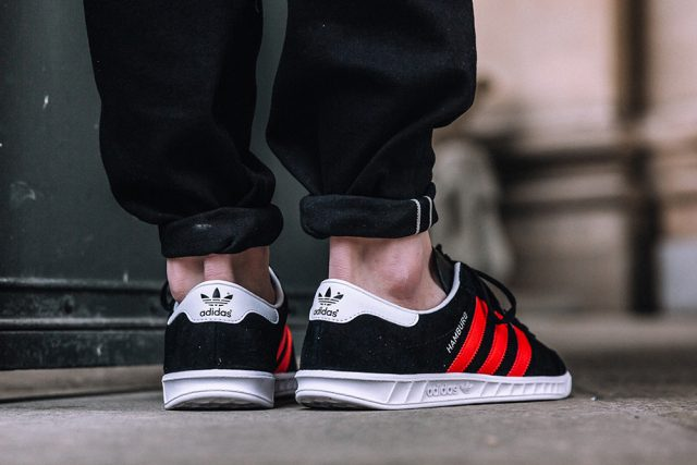 adidas-originals-hamburg-black-red-2