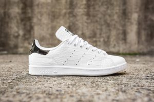adidas-stan-smith-cam-snakeskin side