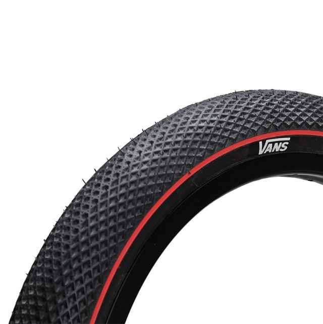 vans-cult tire black red
