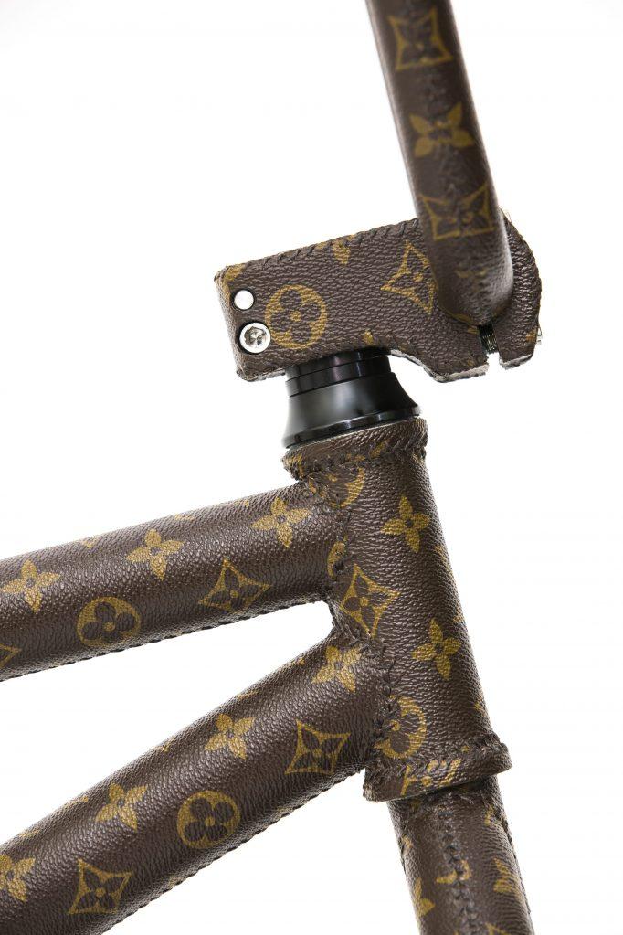 bmx 218 CAPUCINE, side Louis Vuitton