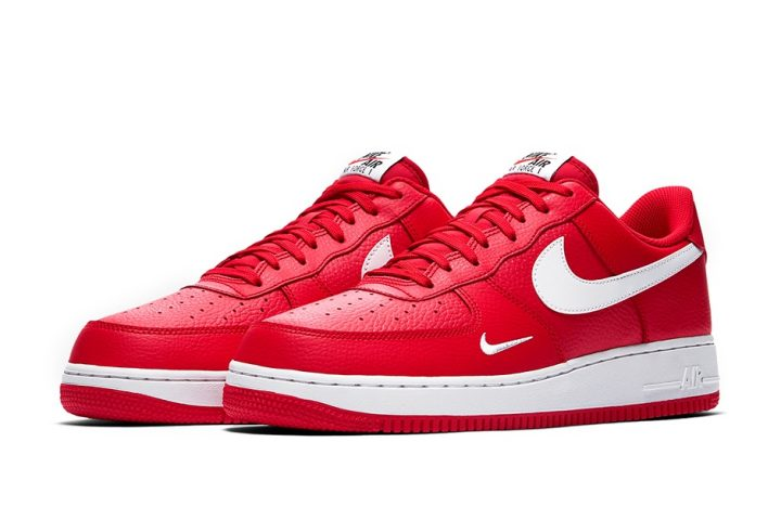 Nike AF1 Mini Swoosh University Red front