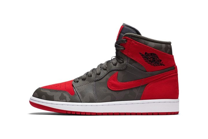 Air Jordan 1 Retro High River Rock