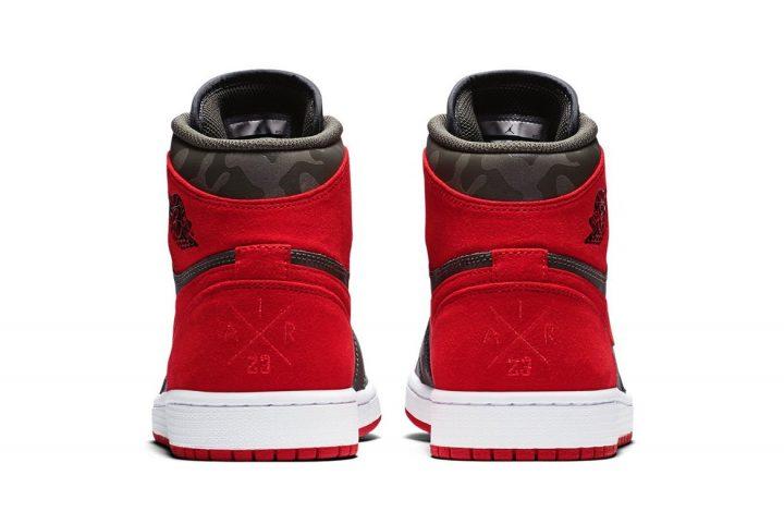 Air Jordan 1 Retro High River Rock heel