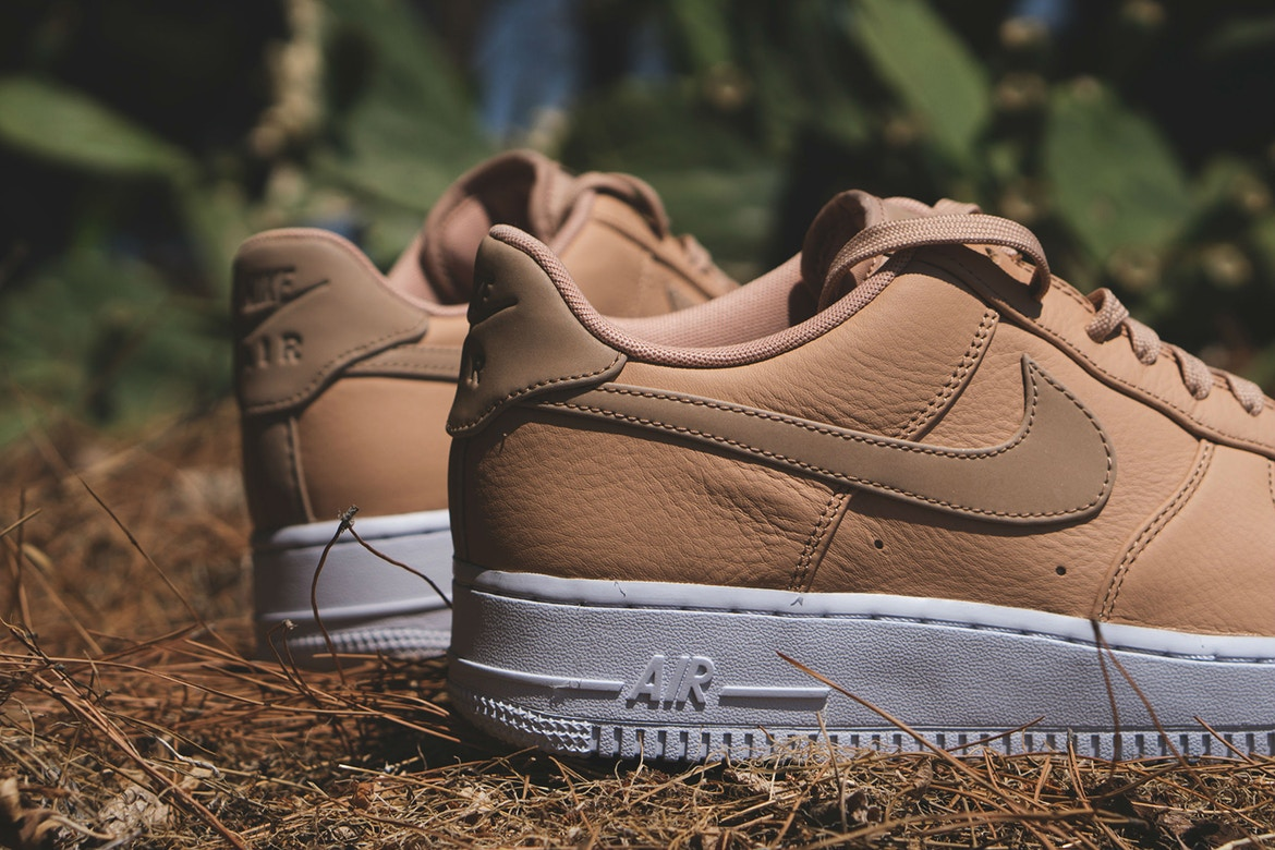 nike air force 1 07 premium suede harrington