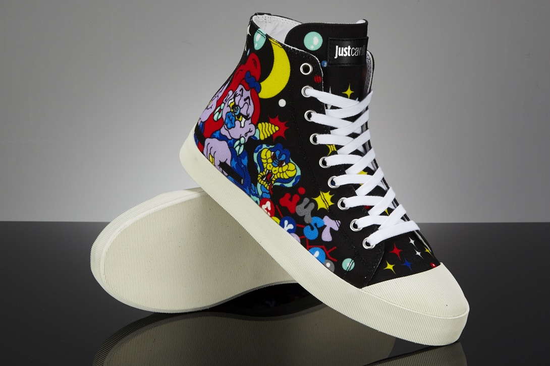 just-cavalli-xena graffiti sneaker