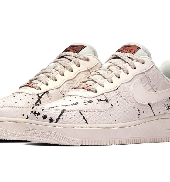 nike-air-force-1-phantom-snakeskin main