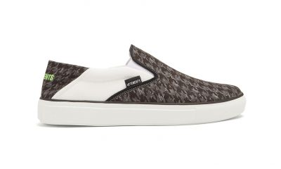 vetements-houndstooth-slip-on-3 side