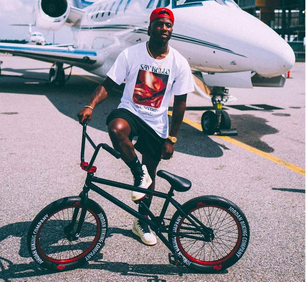 Jordan Biking Nigel Sylvester