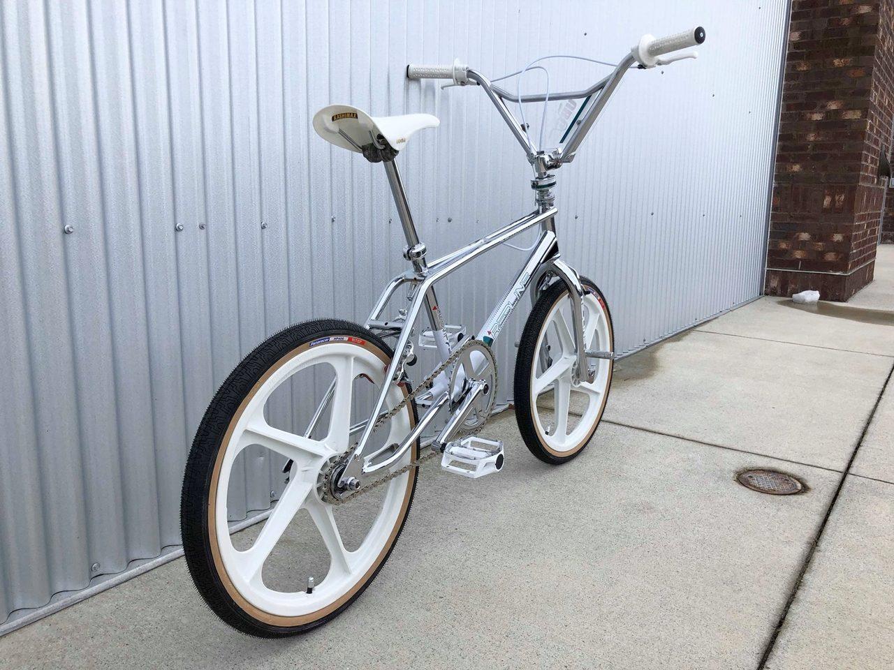 1988 Redline RL 20-II, chrome rear