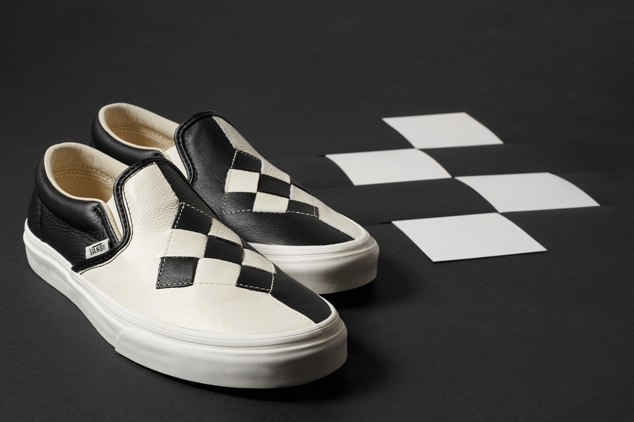 vans-checkerboard-slip-on black