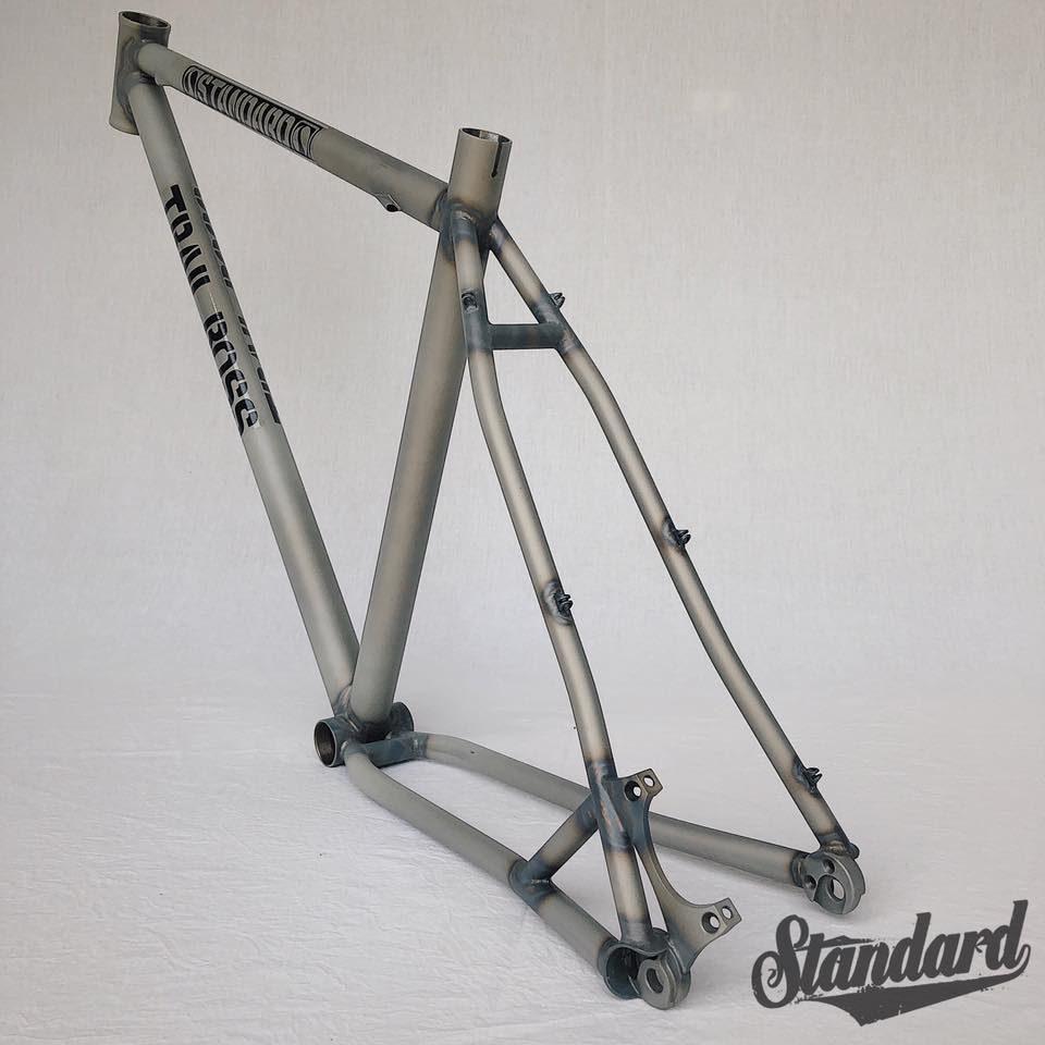 Standard MTB Boss 27.5 rear