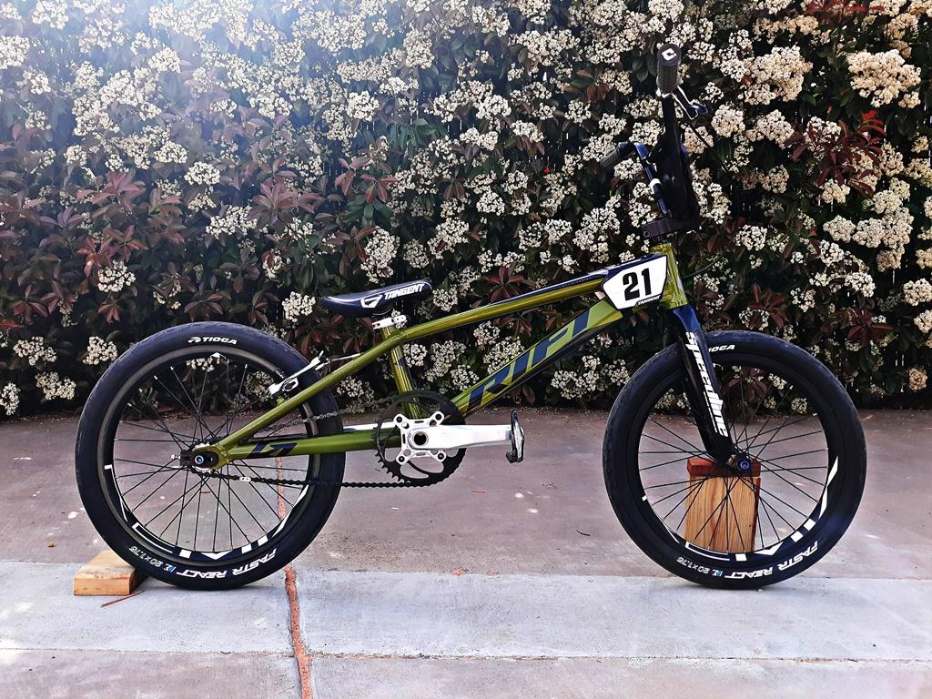 rift rs20 bmx bike