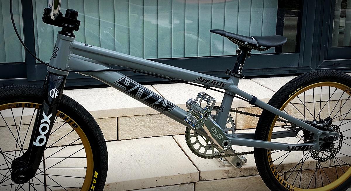 4nix atome bmx bike
