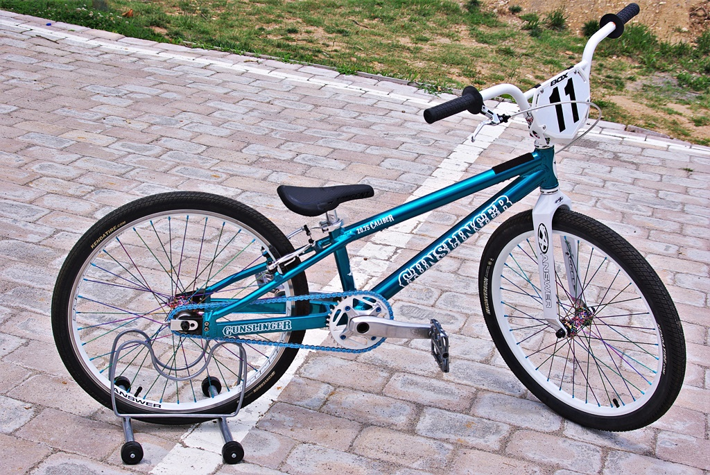gunslinger 20.75 Caliber bmx cruiser