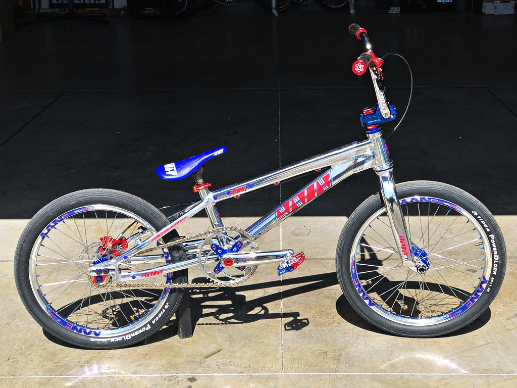 atome bmx bike 4nix