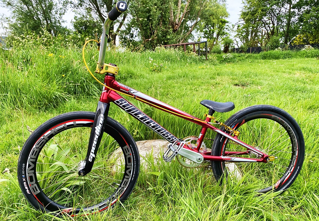 supercross rs7 bmx bike
