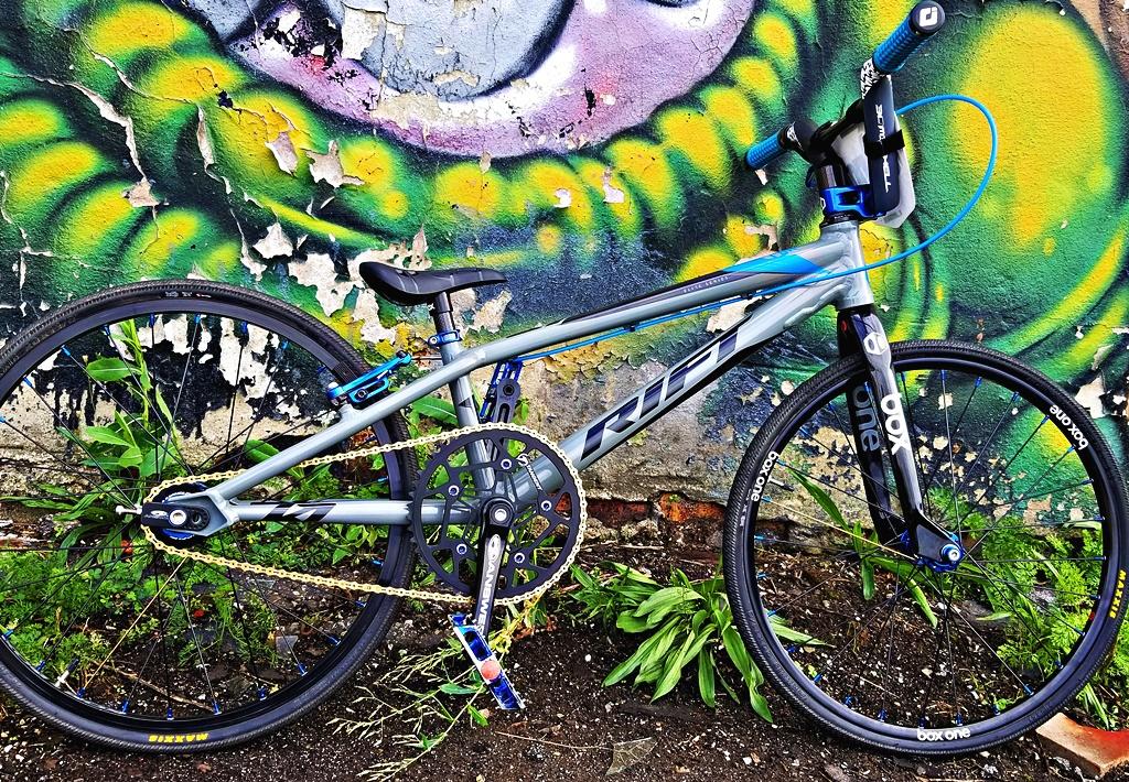rift es 20 jr bmx bike