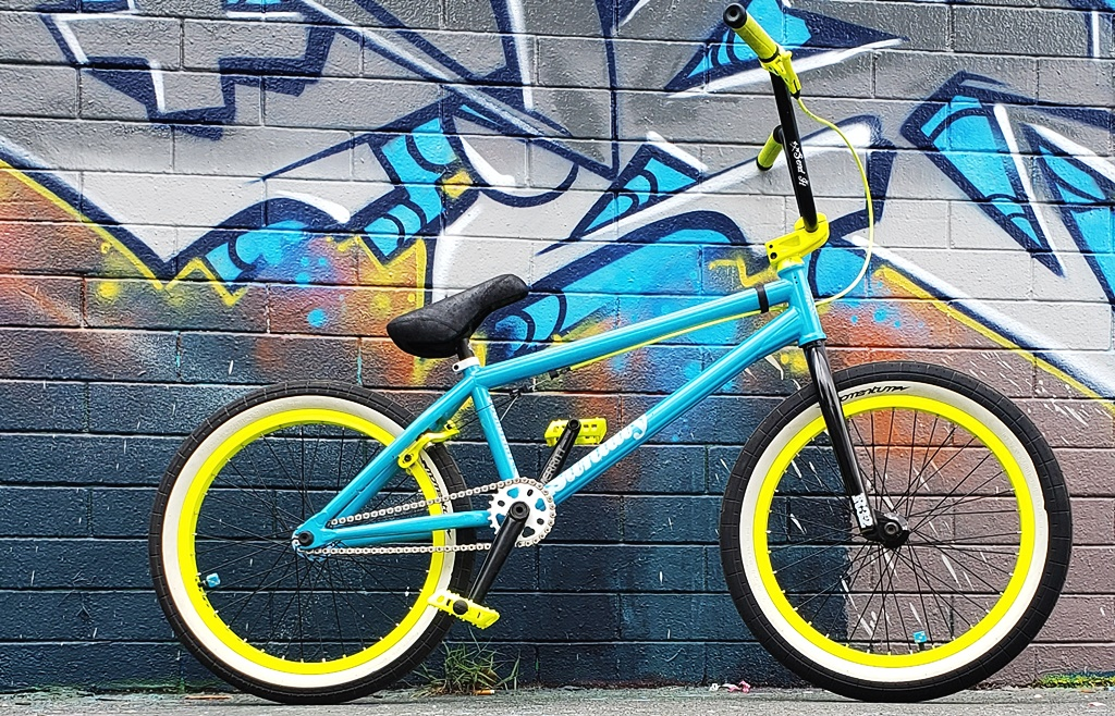 Sunday Soundwave bmx bike