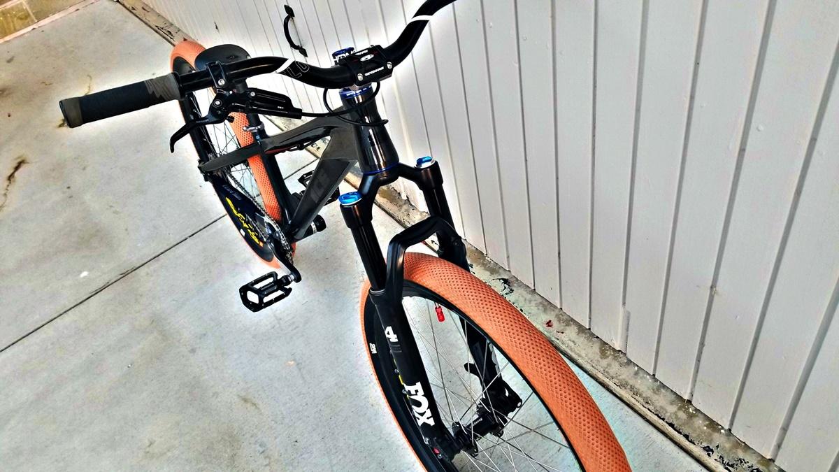 ice 26 pump track bike