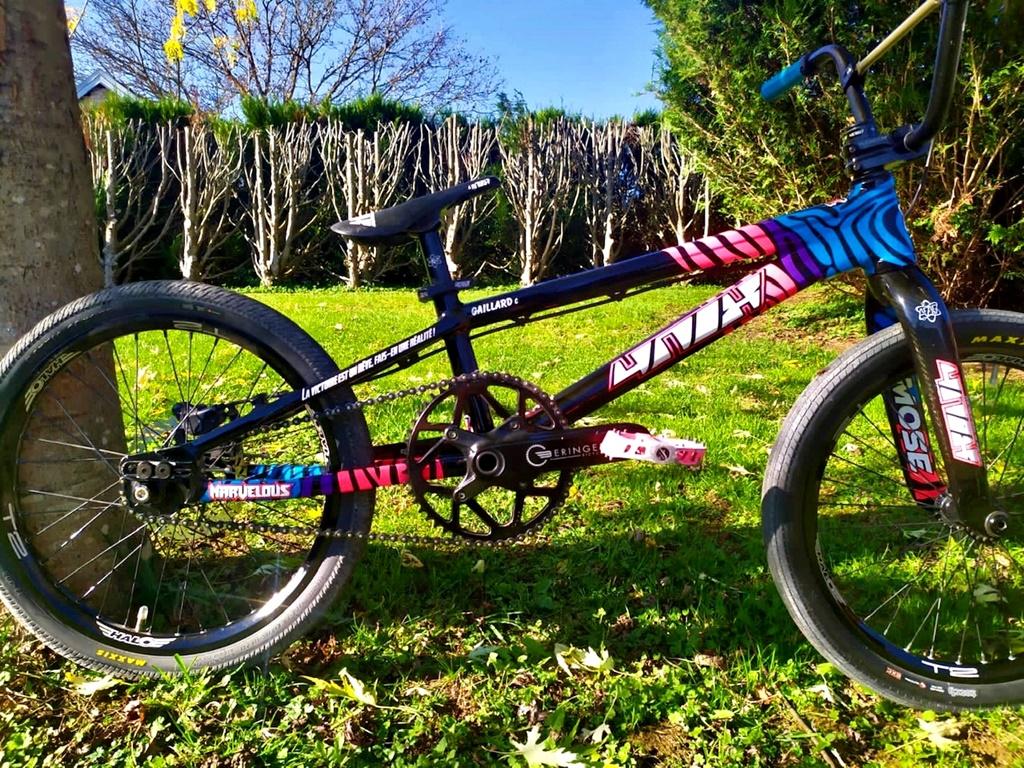4nix atome bmx racing bike