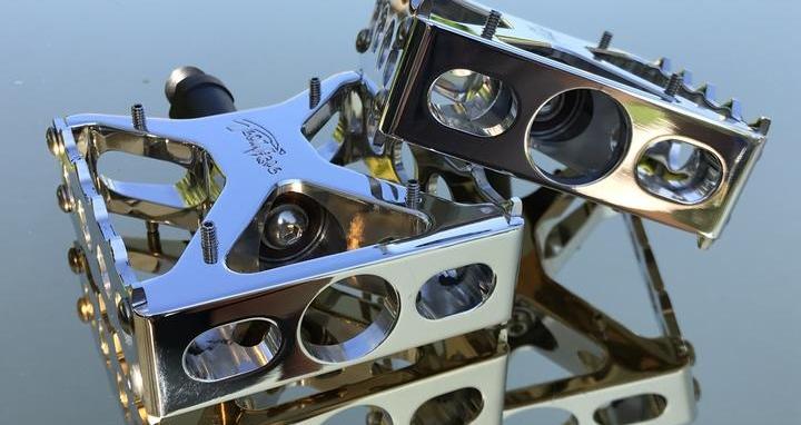 gorilla platinum pedals