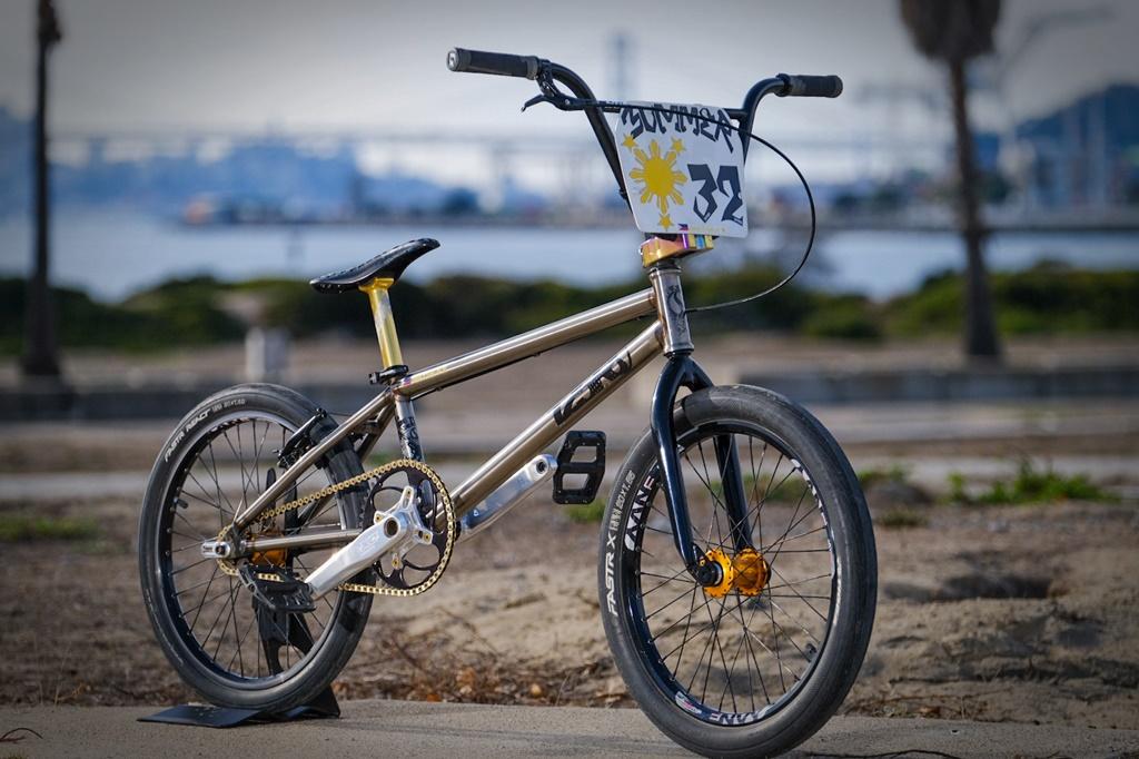 standard 125r bmx race bike