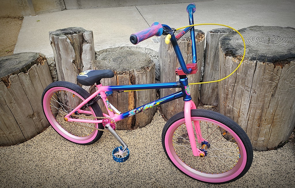 mike hucker bmx bike