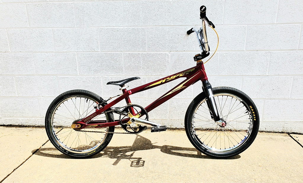 hyper mission 1 bmx race bike