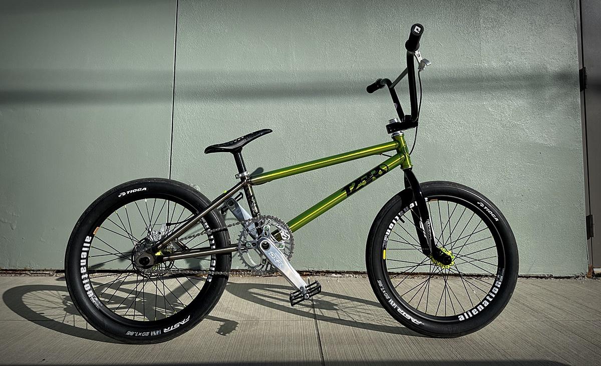 standard 125r custom bmx bike